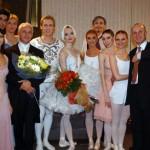 С солистами балета Мариинского и Большого театров после концерта «Симфонические танцы ХХ века. Избранное». Фото Александра Курова