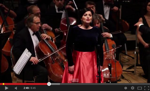 Моцарт в исполнении Хиблы Герзмава, Владимира Спивакова и НФОР
